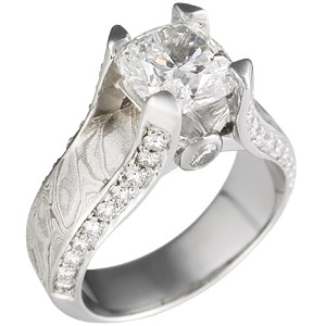 Juicy Light Engagement Ring with Platinum Mokume