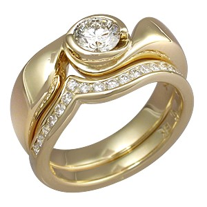 Modern Swirl Engagement Ring Yellow Gold Bridal Set