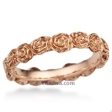 Ring o' Roses Wedding Band