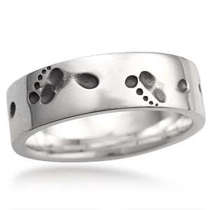 Footprints in the Sand Wedding Band