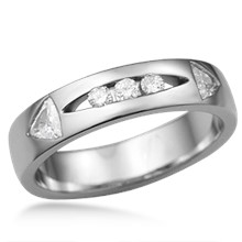 Men's Diamond Arrow Wedding Band