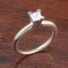 0.31ct Solitaire Engagement Ring