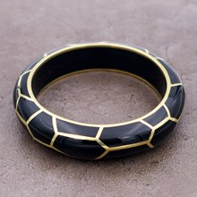 Giraffe Black Resin Bangle