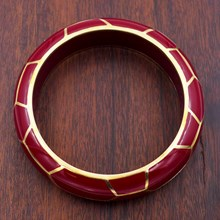 Giraffe Burgundy Resin Bangle - top view