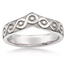Rustic Knot Contoured Wedding Band - top view