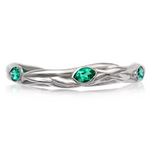 Embracing Branch Leaf Wedding Band - top view