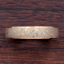 5mm Champagne Mokume and Rose Gold Wedding Band - top view