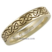 Celtic Knot Wedding Band in Yellow Gold