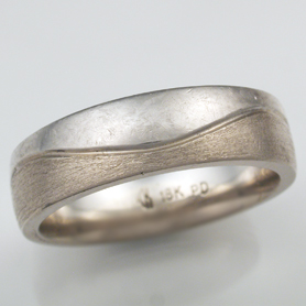 two tone wave wedding band normal wear
