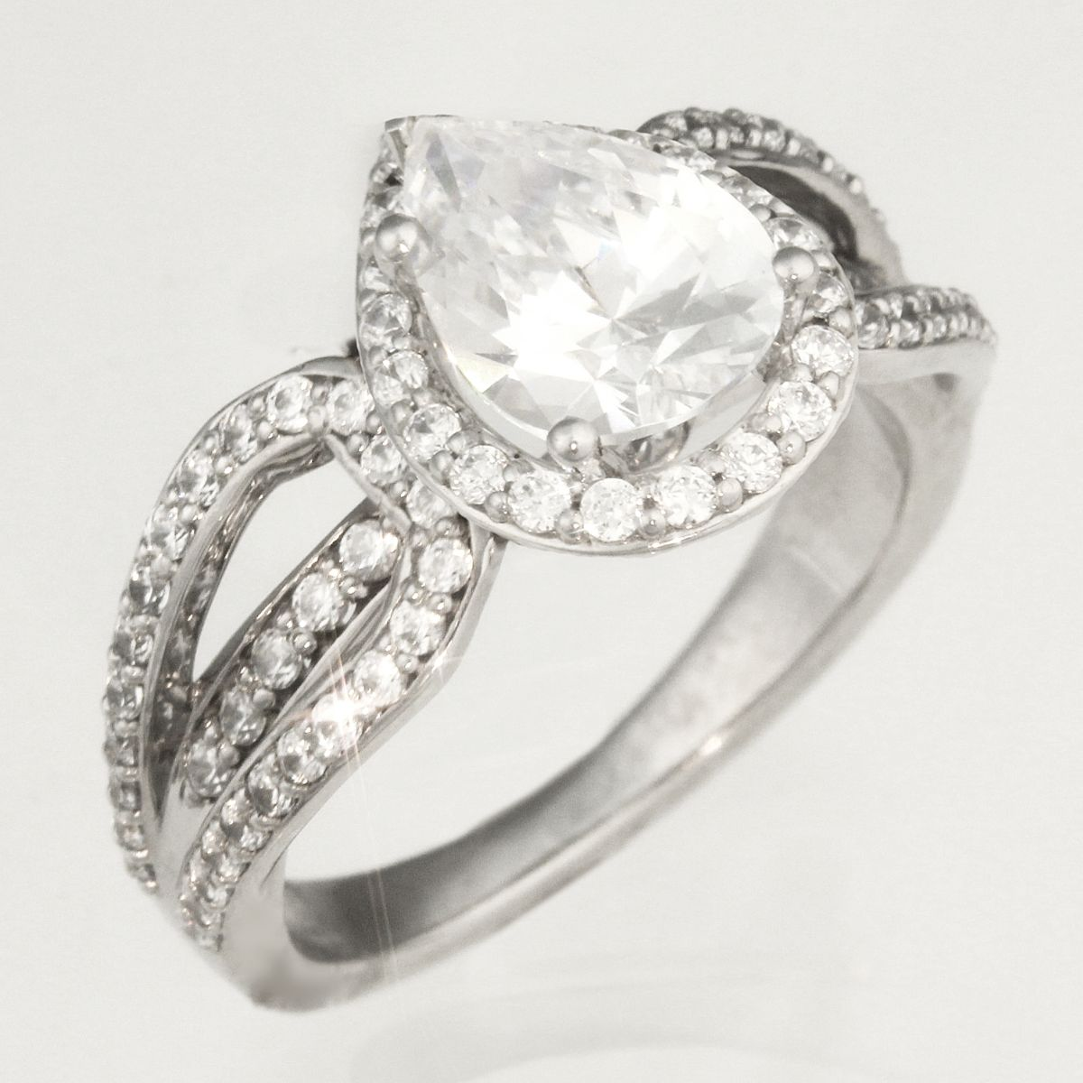 Combination Ring MockUp with Pear Diamond