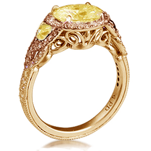 Vintage engagement ring with yellow gold yellow diamonds and champagne diamonds