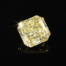 lab created yellow diamond