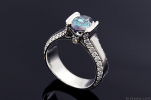 Modern Juicy Liquer Engagement Ring with Oval Color Change Alexandrite